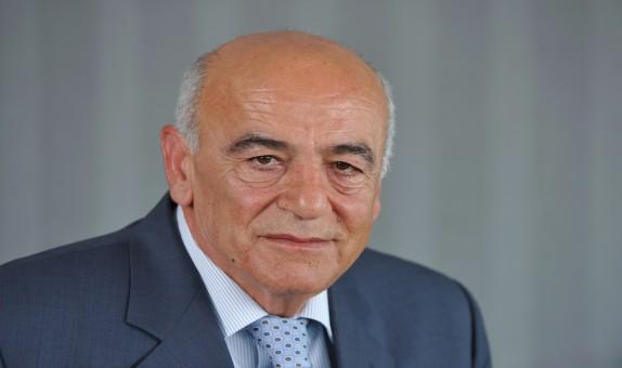 """Pakpen Şirketler Grubu Yönetim Kurulu Başkanı Mehmet Tuza: """"2015 Yılına Kadar Her Yıl Yaklaşık Yüzde 35 Oranında Bir Büyüme Hedefliyoruz"""""""