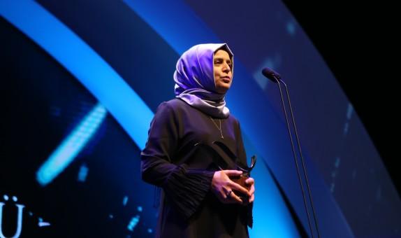 'Türkiye'ye Enerji Veren Kadınlar Ödülü' Sahibi Kayserigaz Yönetim Sistemleri Birim Yöneticisi Işıl Akkoç class=